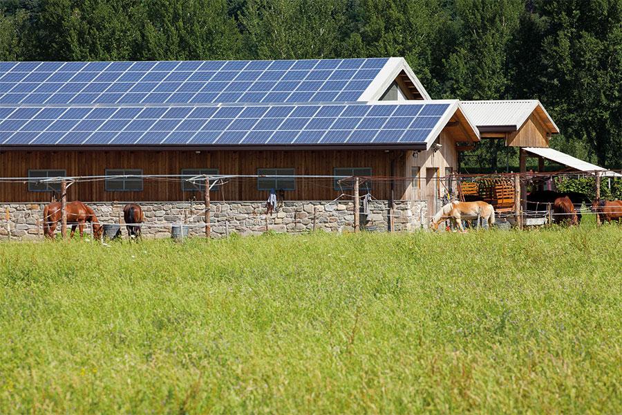 2-appareils-photovoltaiques-900x600-px-72dpi